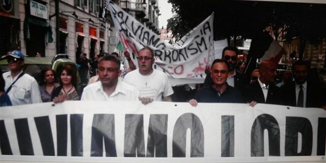 Grande partecipazione alla manifestazione di solidarietà a Sherif Azer