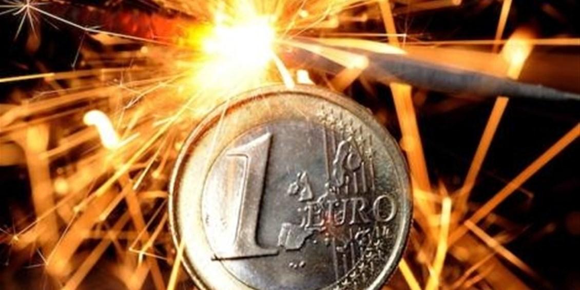 Addio all'euro, prove tecniche nell'europarlamento